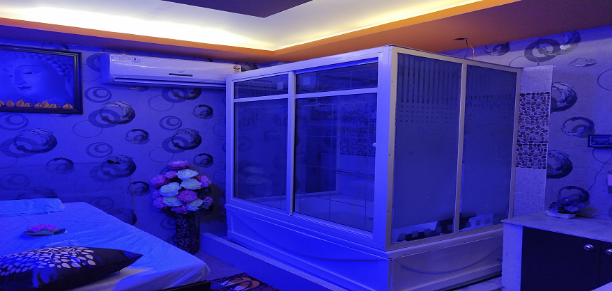 queiro is Best Spas in east patel nagar. Feel the luxury experience by our Spa Treatments,Body  Massage, and Spa Services in east patel nagar